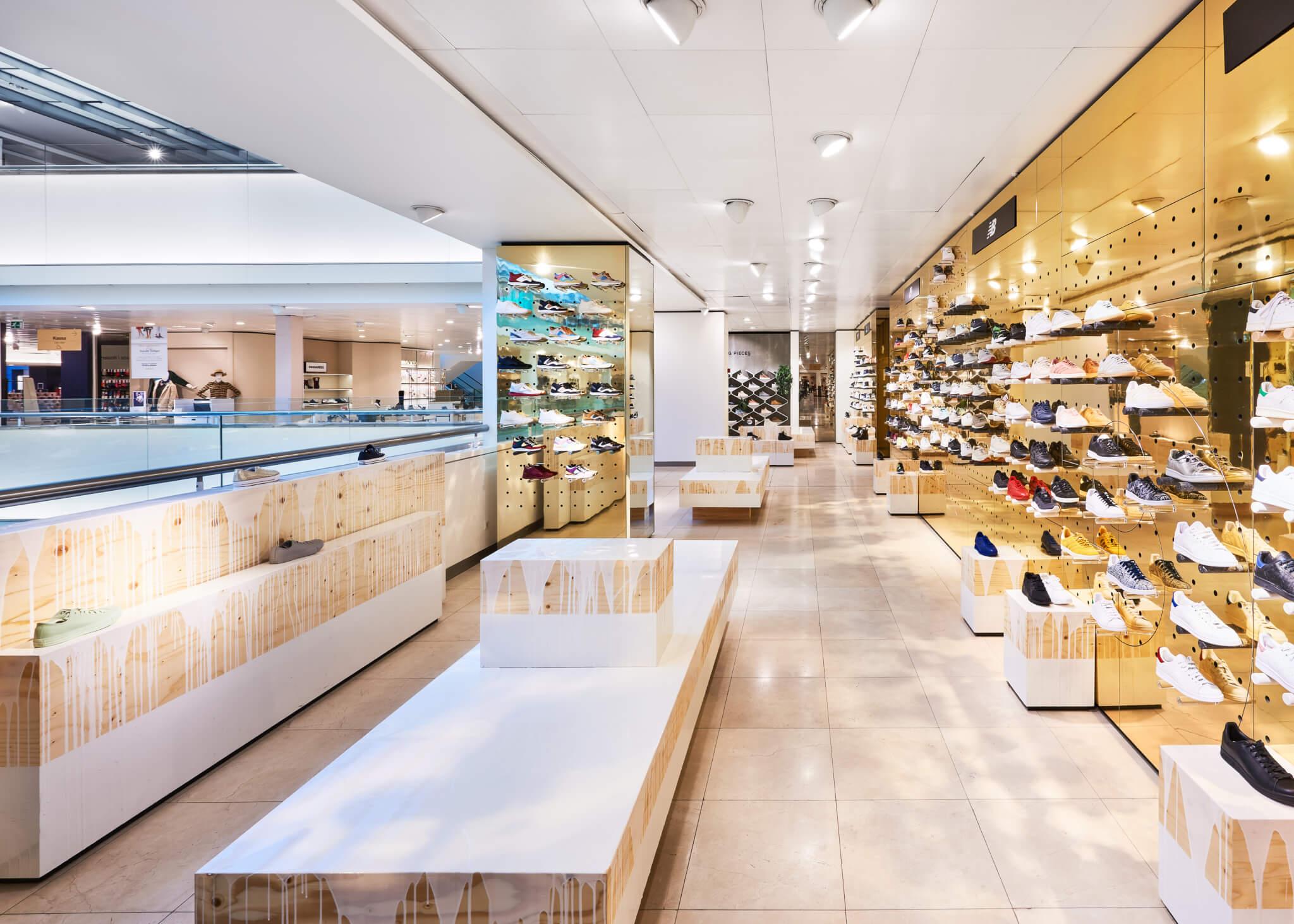 Gewerkt aan de winkel! Bijenkorf Amsterdam - Hemlock Group